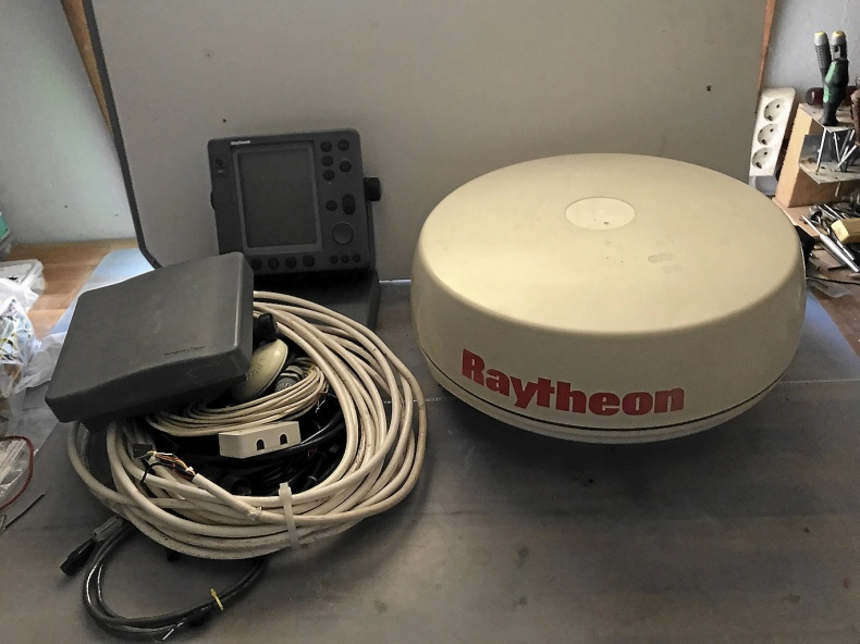 Pathfinder, kombinerad radar/kartplotter