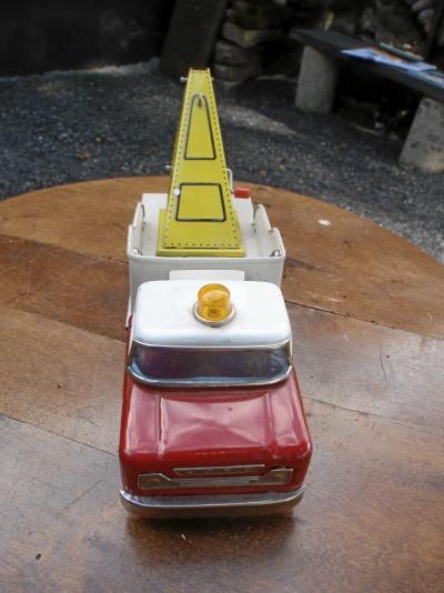 Plåtbil Ford / Japan!