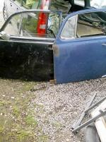 2 st vänster dörrar VW Bagge i ok skick
