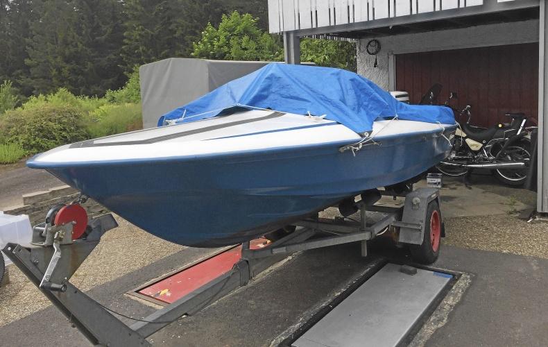 Fletcher arrow sportbåt