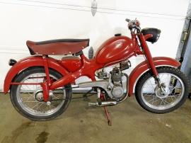 Italiensk 4-takts moped
