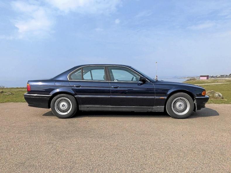 BMW 728 iA