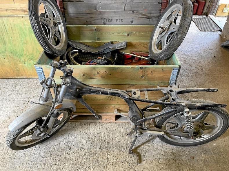Honda CB 125 T Projekt