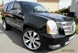 Cadillac Escalade sport Luxury AWD V8