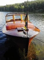 Vacker Träbåt