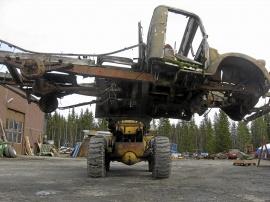 mobile_Volvo LV121 DT
