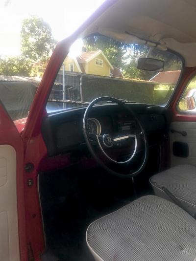 Ferrariröd VW Bubbla