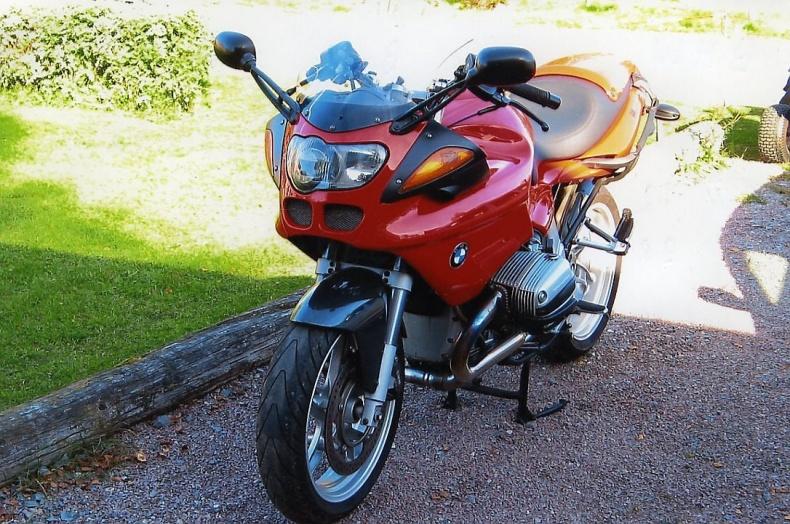 mobile_BMW TIP R2S 1100CC