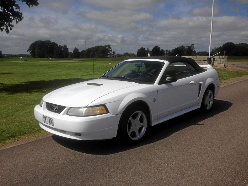 Mustang GT V8 cab