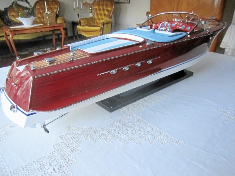 Maffig Modellbåt