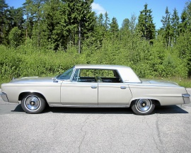 Imperial Lebaron 4-dr. HT