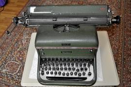 Halda skrivmaskin