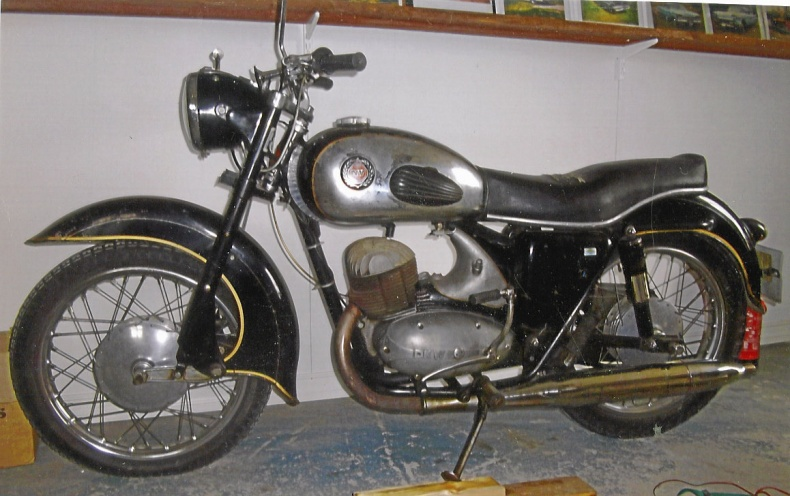 NV 250 cc 4-vxl