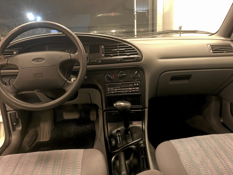 Ford Mondeo 2.0 RS
