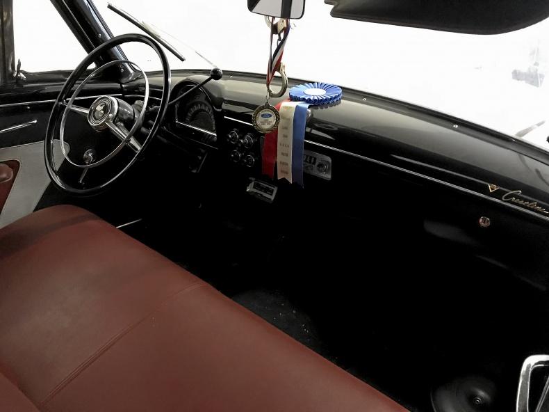 Ford Crestline Sunliner cab