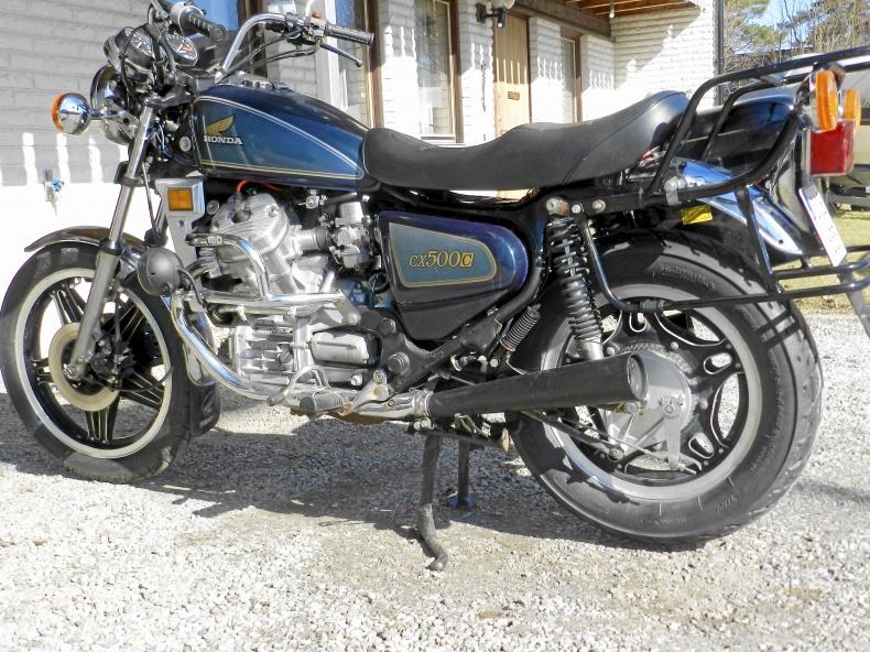 mobile_Honda cx 500 custom